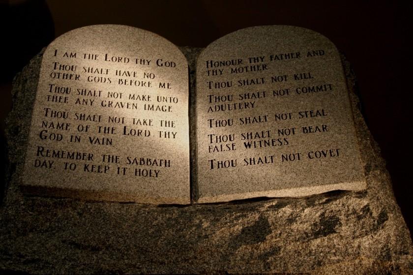 Ten-Commandments 2